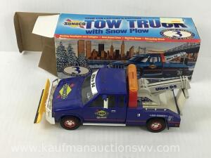 Sunoco 1996 collectors edition Battery operated toy tow truck with snowplow