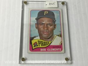 1965 Topps Bob Clemente Pirates outfield collector sports card