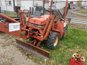 Ditch Witch A222 trencher with Deutz engine, runs and operates as intended