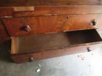 SMALL DRESSER WITH MIRROR - 10