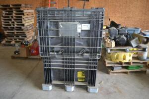 seed tote with cover and discharge chute