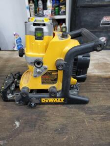 DeWalt cordless rotary laser. Powers on but could not locate charger for the battery.