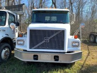 2000 Volvo Roll Off Truck UPDATED!! - 2