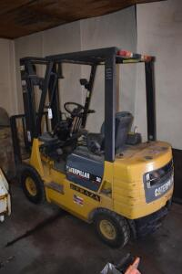 Caterpillar 30 Gas Powered Fork Lift- M/N GP15, S/N 3AM01037, 421 Hours