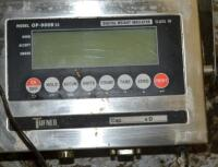 Tufner cattle scale platform with electronic monitor - 3