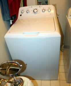 GE HE Turbo Deep Fill Washer Model GTW465ASNOWW, Bidder Responsible For Proper Disconnection And Removal