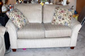 "Justice Furniture Upholstered Two Cushion Loveseat, 32"" x 62.5"" x 35"", Made In USA, Includes Throw Pillows, Matches Lot 51, Slight Wear On Upholstery"