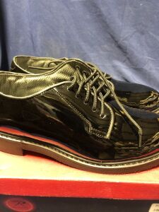 ROTHCO HIGH GLOSS LIGHTWEIGHT OXFORDS SIZE 9.5R DRESS SHOES