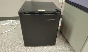 Black& Decker Mini Refrigerator