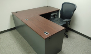 """L"" Shaped Metal Desk With Wood Top, Rolling Office Chair & 3-Drawer Metal Cabinet"