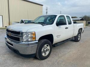 2013 Chevrolet 2500HD extended cab