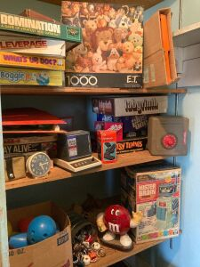 Board games, Fisher Price pull toys, Lincoln Logs, bowling game, ET puzzle, Mister Brain and more