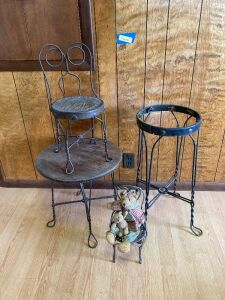 Vintage iron ice cream  parlor set and small chair w bear