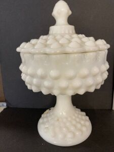 VINTAGE MILKGLASS HOBNAIL PEDESTAL COVERED DISH