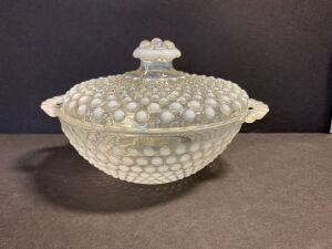 VINTAGE OPALESCENT COVERED DISH