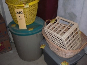 Tote, basket, garbage can lot