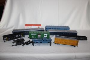 Passenger and freight cars, HO scale