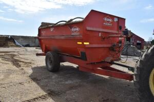 Kuhn Knight 3142 Reel Auggie feed mixer