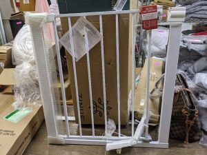 "28.5"" Tall & 28"" Wide Pet/Baby Gate"