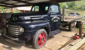 1948 Ford F-5 Flatbed Pickup