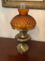 BRASS TABLE LAMP WITH AMBER GLOBE