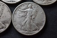 FIVE WALKING LIBERTY SILVER HALF DOLLARS - 6