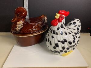 SPECKLED HEN COOKIE JAR AND A DUCK COOKER BY HULL (OVEN PROOF)