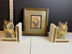 LEFTON OWL BOOKENDS AND FRAMED TILE DECOR