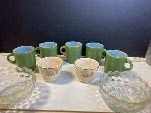 GREEN FIRE KING COFFEE CUPS, OVEN PROOF CUPS, AND GLASS DIAMOND BOWLS