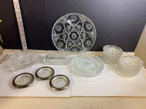 STAR OF DAVID ROUND TRAY, 3 COASTERS WITH SILVER PLATE TRIM AND OTHER GLASS ITEMS