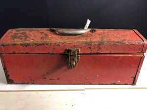 VINTAGE TOOLBOX w/ASSORTED HANDTOOLS