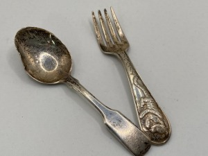 STERLING BABY FORK AND SPOON, FORK IS DISNEY THEMED WITH TIGGER, SPOON IS MADE BY LUNT STERLING. TOTAL WEIGHT 38.6 G.