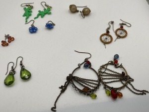 APPROXIMATELY SEVEN PAIR OF ESTATE JEWELRY EARRINGS.