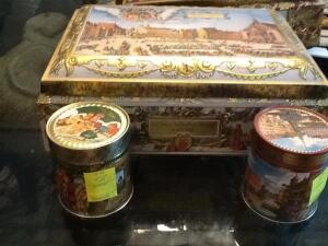Decorative cookie tins from Germany