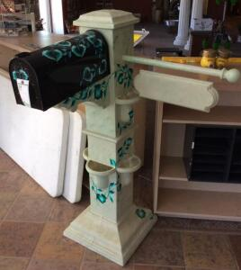 Decorative Mailbox with Stand