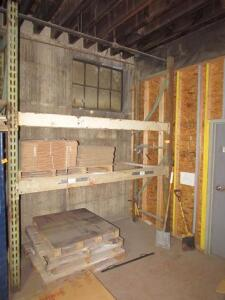 (1) Section Of Pallet Rack: (2) Uprights, (4) Crossbeams , {EMPTY}