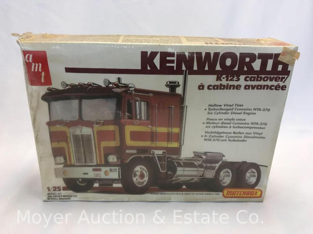 AMT Kenworth K-123 Cabover Model Kit