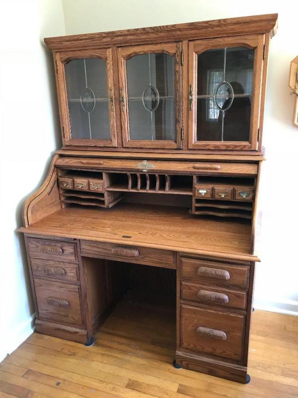 Manor Oak Modern Roll Top Desk W Hutch Leaded